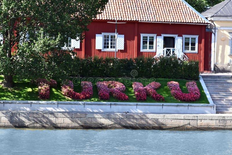 Accueil vers Turku, marquant avec des lettres avec des fleurs image libre de droits