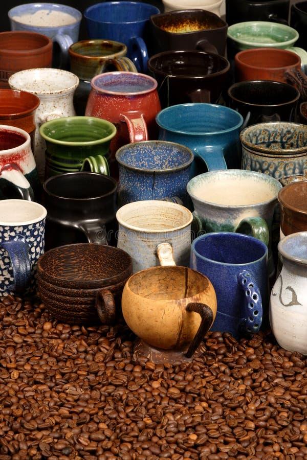 Accumulazione di ceramica della tazza fotografie stock libere da diritti