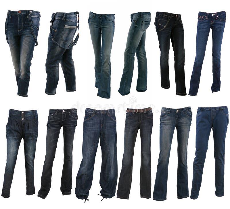 Accumulazione di vari tipi di pantaloni delle blue jeans fotografia stock