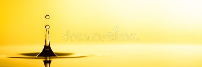 Aceite de oro puro foto de archivo libre de regalías