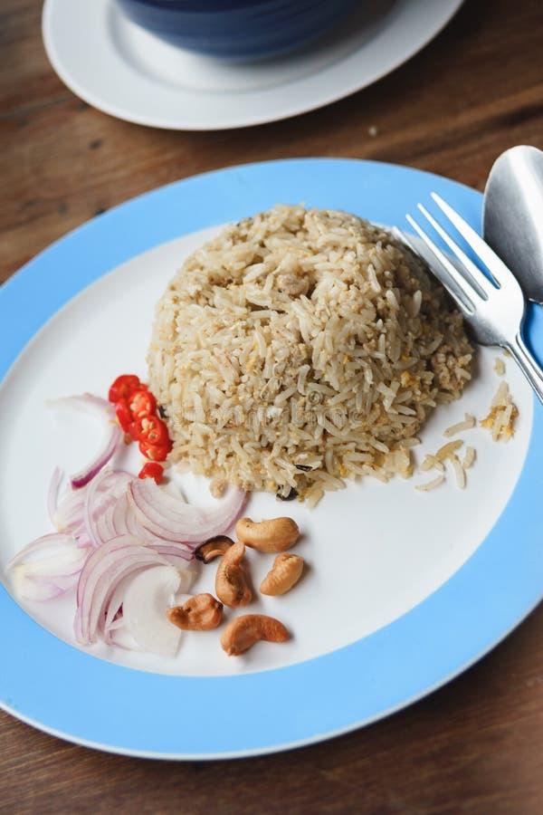 Aceitunas negras chinas con arroz frito del cerdo picadito foto de archivo libre de regalías