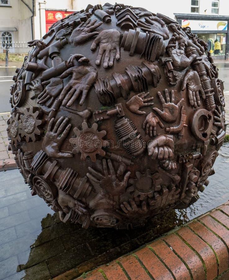 ACELGA, SOMERSET/UK - 22 DE MARÇO: Escultura por Neville Gabie no Ch fotos de stock royalty free