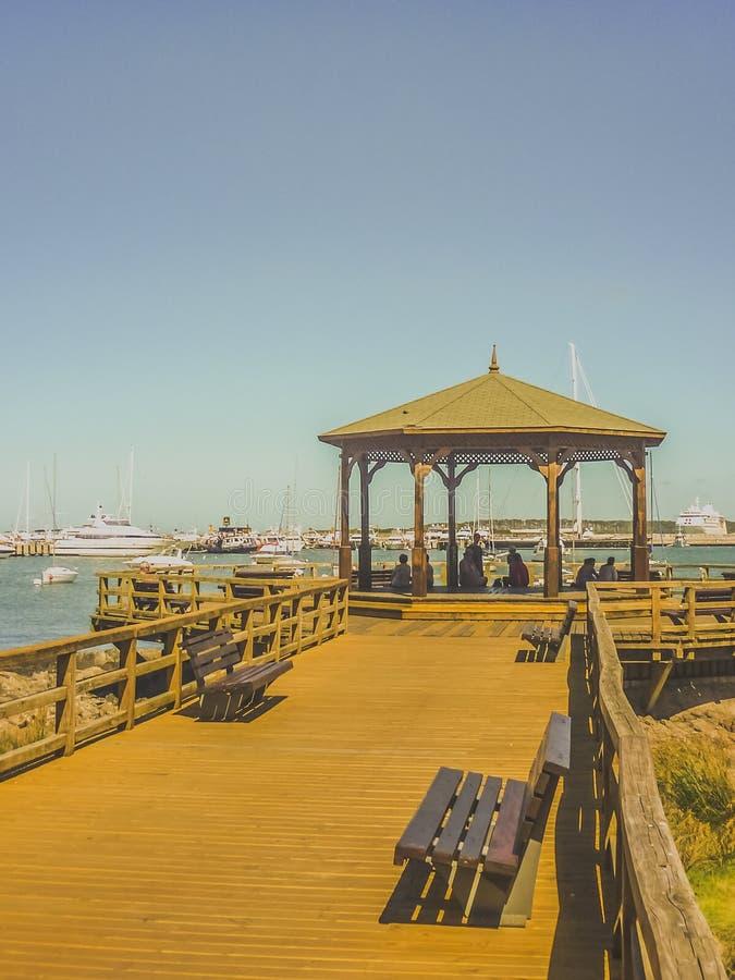 Download Acera Del Puerto En Punta Del Este Imagen de archivo - Imagen de relajación, pacífico: 44850517