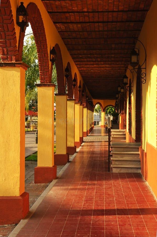Acera en Tlaquepaque, Guadalajara, México fotografía de archivo