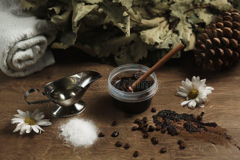 Acessórios aromáticos para a sauna imagens de stock