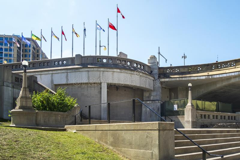 Acesso da escadaria à cidade do canal de Rideau de Ottawa imagem de stock royalty free