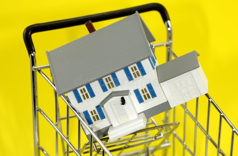 Achat à la maison image libre de droits