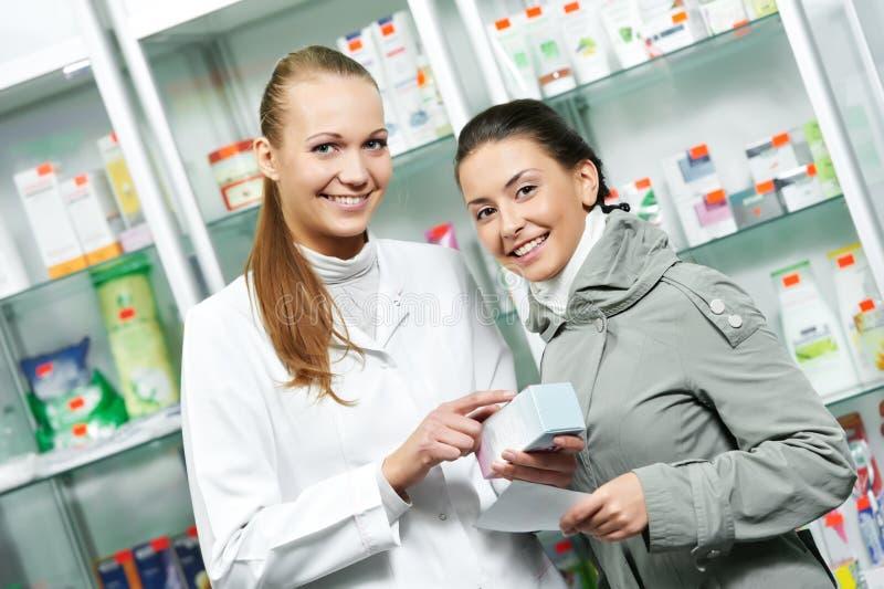 Achat médical de drogue de pharmacie photographie stock