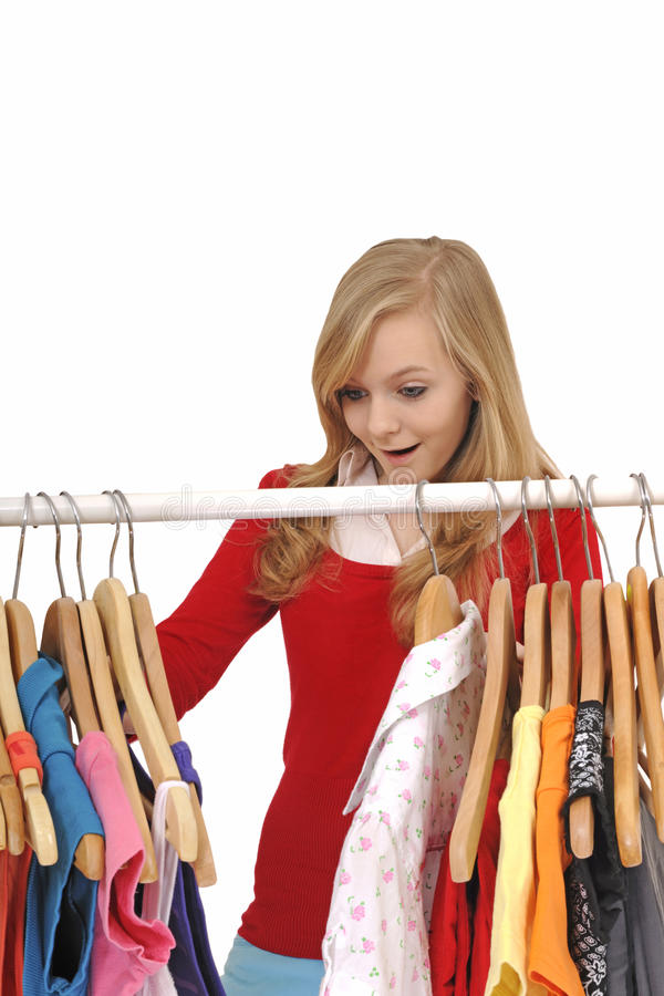 Achats d'adolescente pour des vêtements photos stock