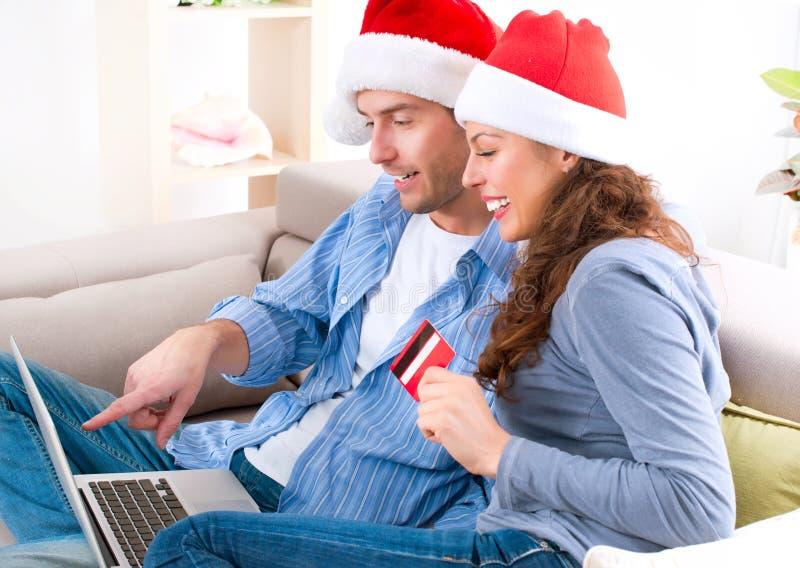 Achats en ligne de Noël images libres de droits