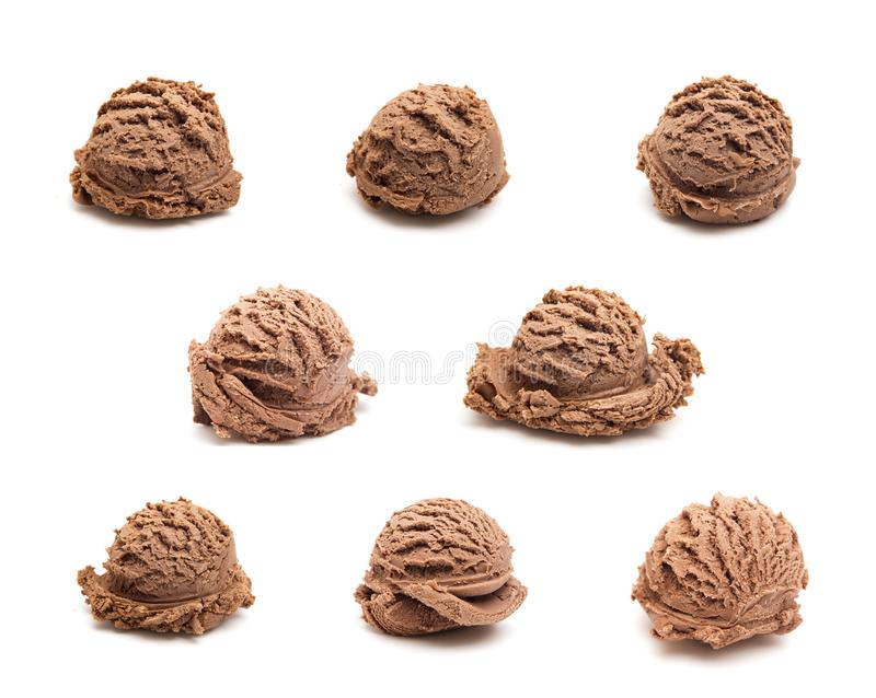 Acht verschiedene Schaufeln Schokoladen-Eiscreme lizenzfreie stockbilder