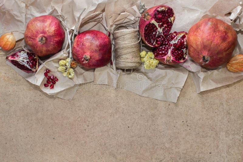 Achtergrond met granaatappels royalty-vrije stock afbeelding