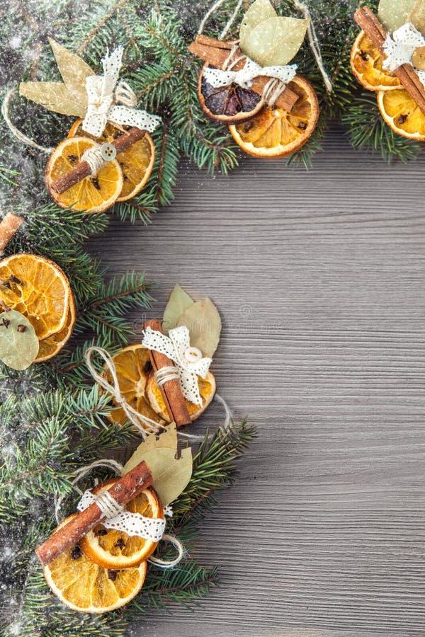 Achtergrond met Kerstmisdecoratie royalty-vrije stock foto's