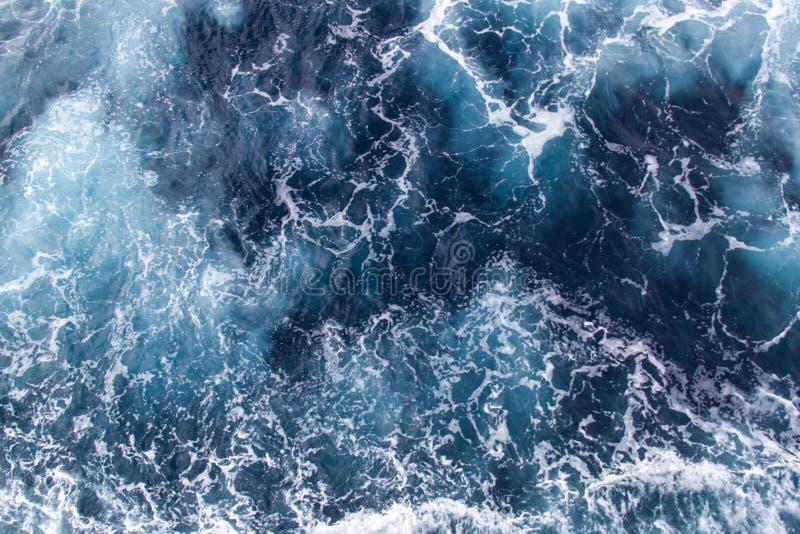 Achtergrond overzeese golven stock afbeelding