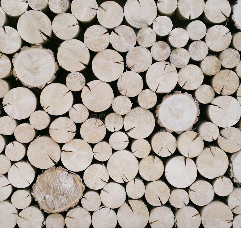 Achtergrond van besnoeiings de houten logboeken royalty-vrije stock foto's