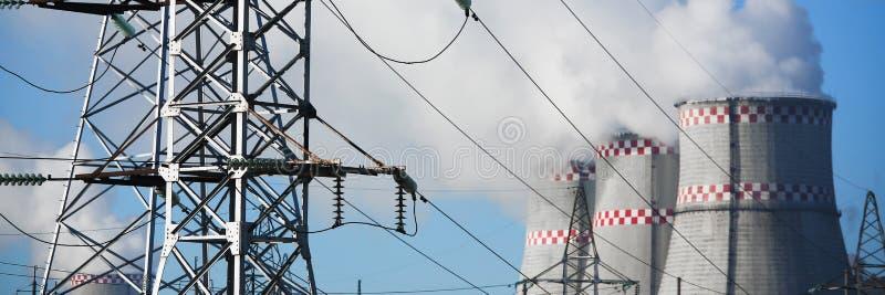 Achtergrond van de stads de thermische elektrische centrale van blauw stock fotografie