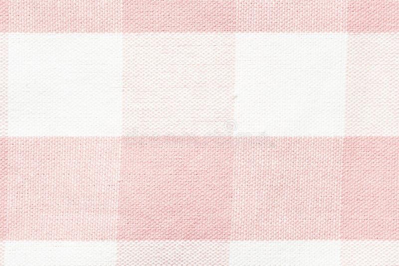 Achtergrond van de tafelkleed de geruite rode en witte textuur, Servet in rode en witte kooi royalty-vrije stock afbeeldingen