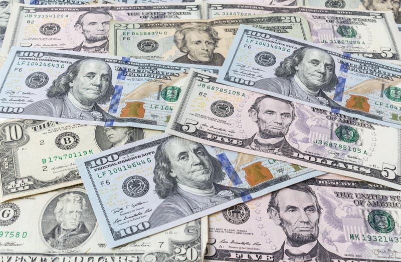 Achtergrond van dollarrekeningen royalty-vrije stock afbeeldingen