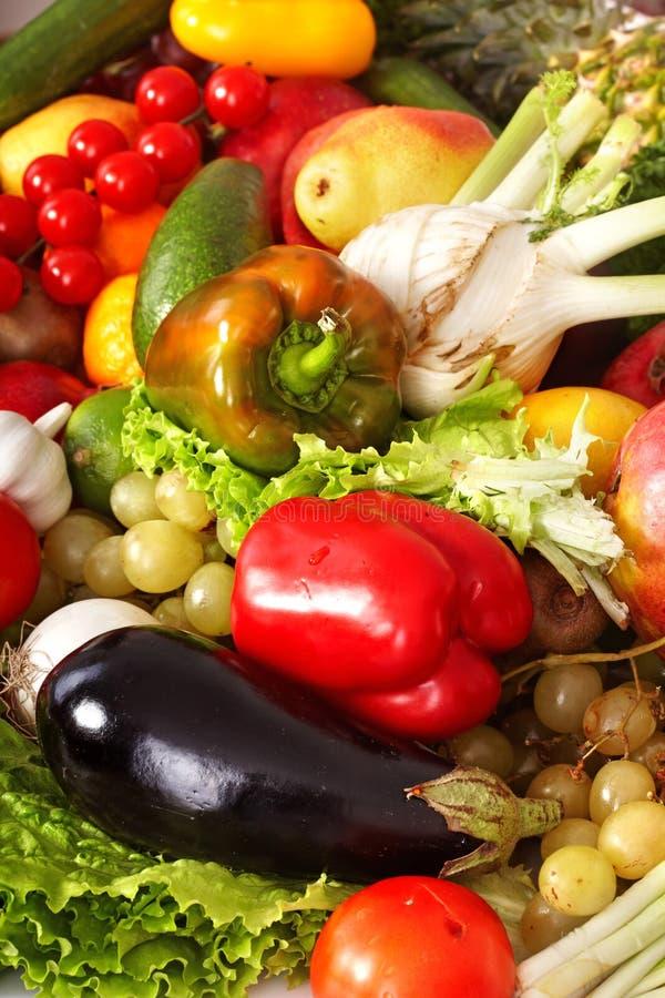 Achtergrond van groente en fruitgroep. stock foto's