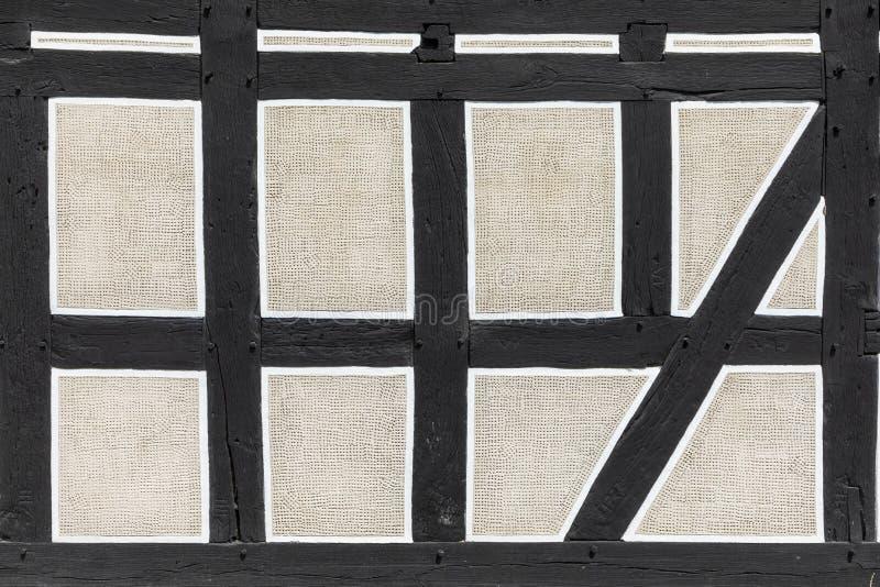 Achtergrond van helft-betimmerd huis in Neu Anspach, Duitsland royalty-vrije stock afbeelding