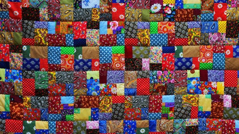 Achtergrond van kleurrijke stukken van stof stock foto
