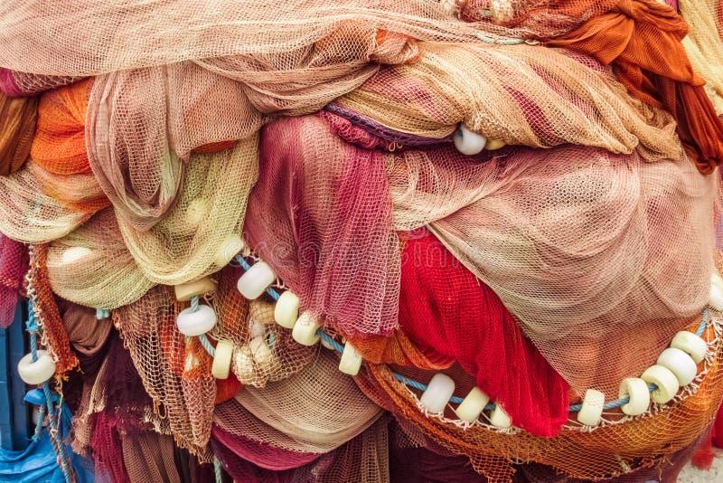 Achtergrond van kleurrijke visnetten en vlotters royalty-vrije stock fotografie
