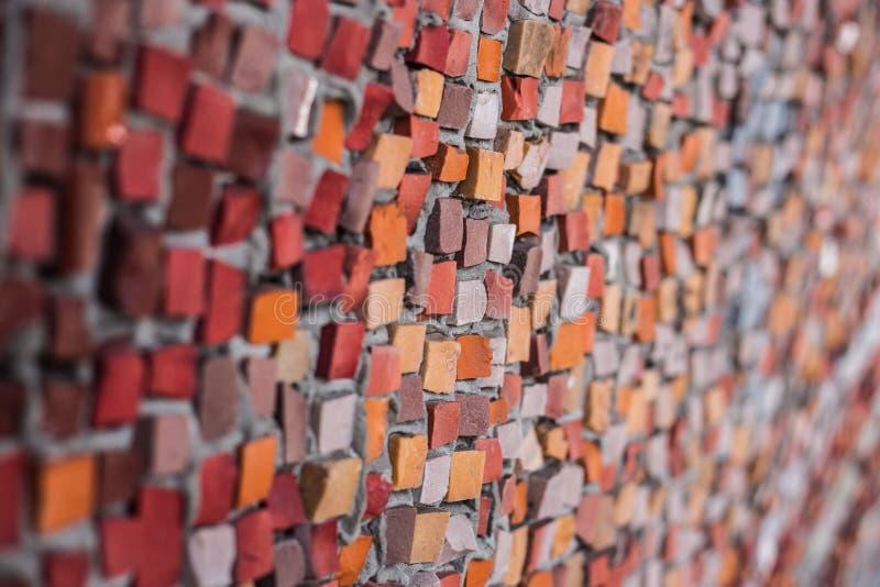 Achtergrond van rode gekleurde mozaïeken royalty-vrije stock foto