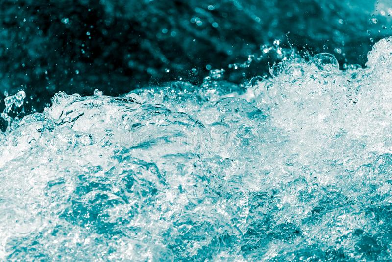 Achtergrond van stormachtig water met plonsen royalty-vrije stock afbeelding