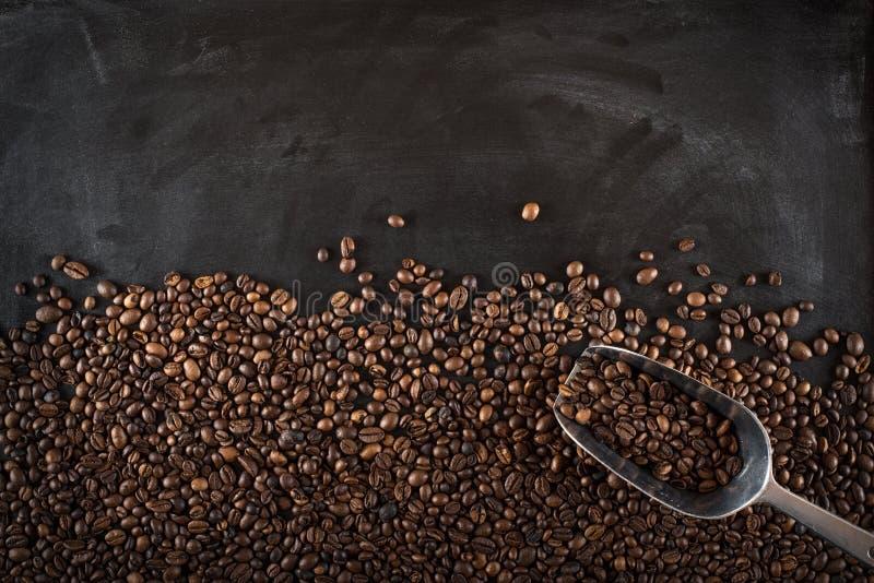 Achtergrondkoffiebonen stock afbeeldingen