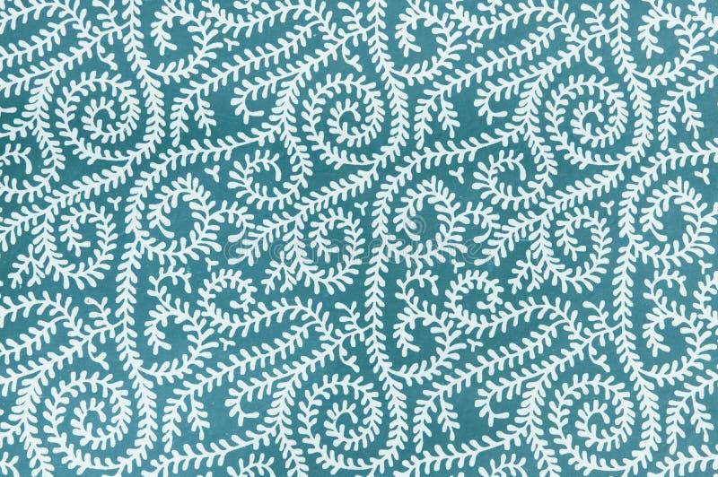 Achtergrondtextuur van witte wijnstokken op koel blauw stock illustratie