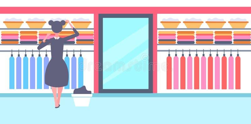 Achtermeningsmeisje in zwart-witte eenvormige organiserende schone klerenhuisvrouw in de garderobe efficiënt huis van de familiek vector illustratie