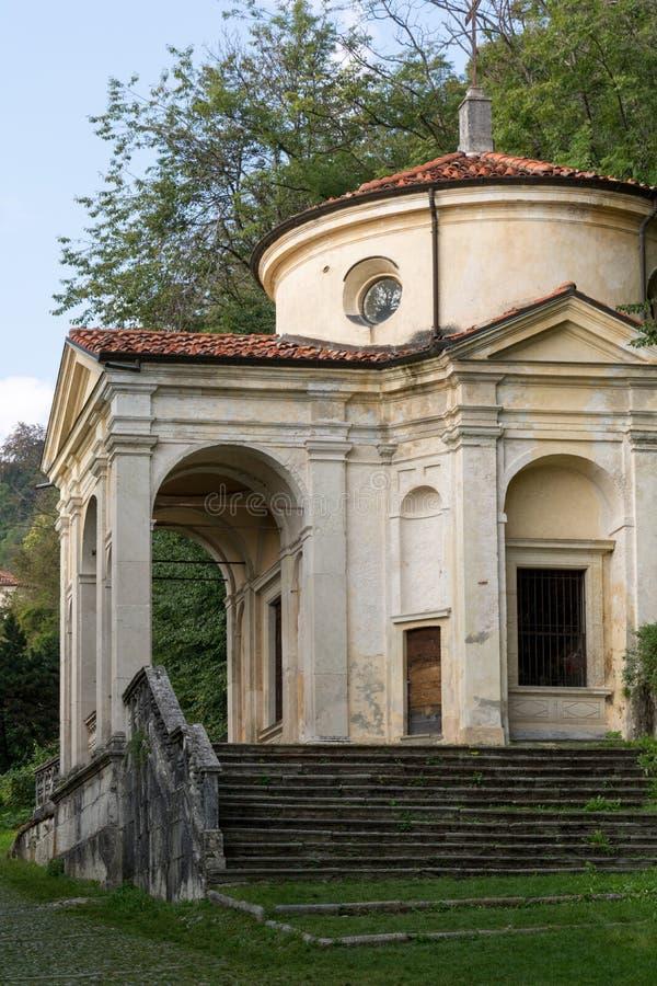 Achtste Kapel in Sacro Monte di Varese Italië stock afbeeldingen