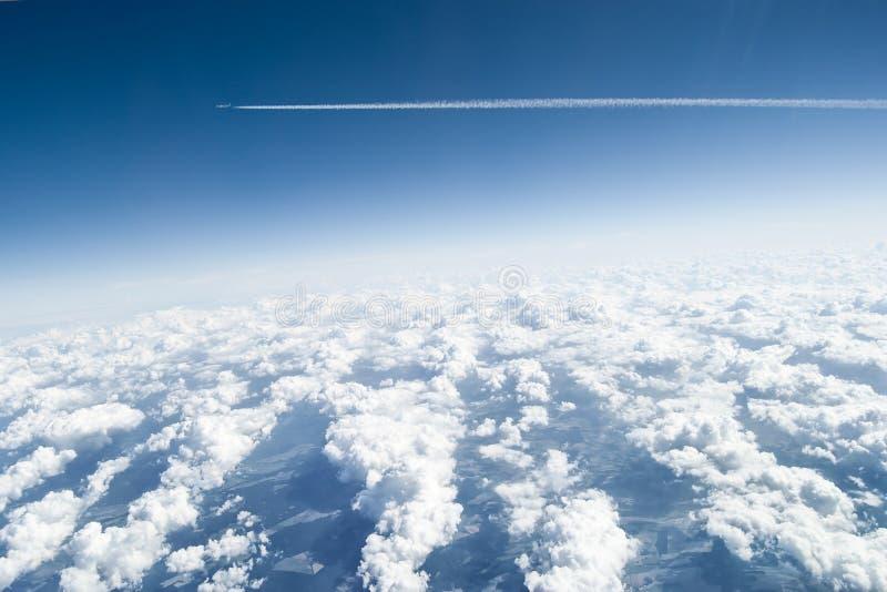 Acima das nuvens imagens de stock