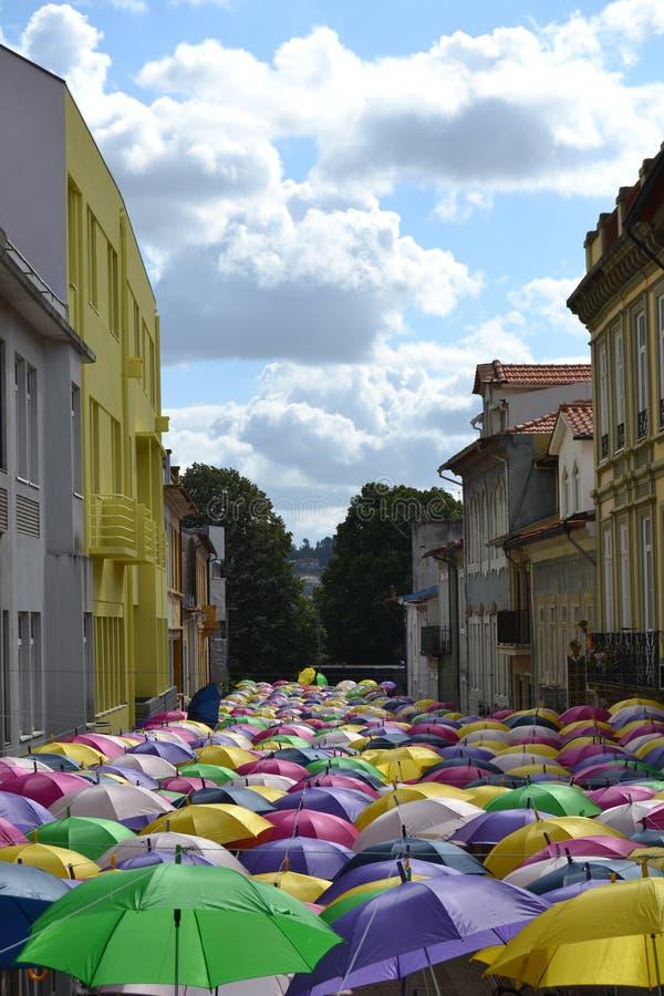 Acima dos guarda-chuvas foto de stock royalty free