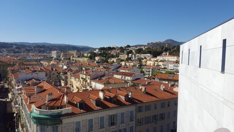 Acima dos telhados fotografia de stock