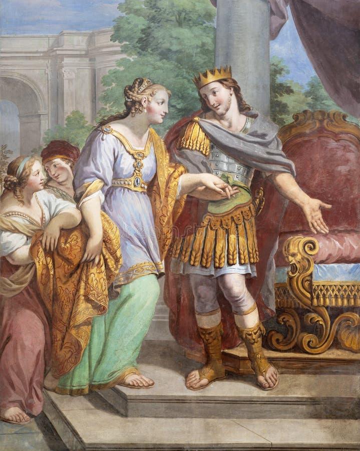 ACIREALE, ITÁLIA - 11 DE ABRIL DE 2018: O fresco de Esther e de rei Xerxes na igreja Chiesa di San Camillo por Pietro Paolo Vasta imagem de stock