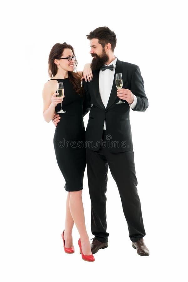 aclamaciones El tostar al éxito hombre barbudo de la mujer atractiva formal El acontecimiento celebra Fecha del amor Pares románt imagen de archivo