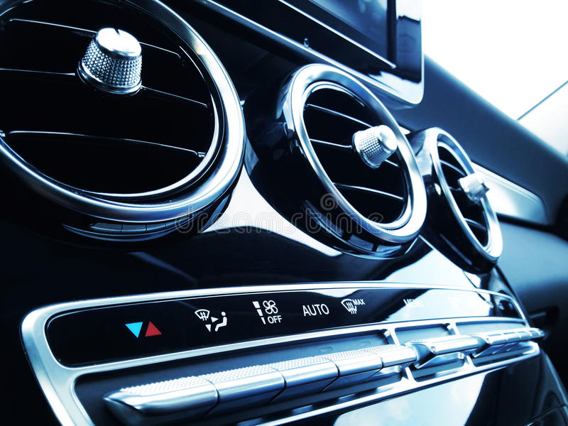Acondicionador de aire del coche fotografía de archivo libre de regalías
