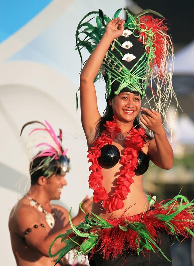 Acontecimiento de la danza de Oire Nikao de las islas de cocinero fotografía de archivo
