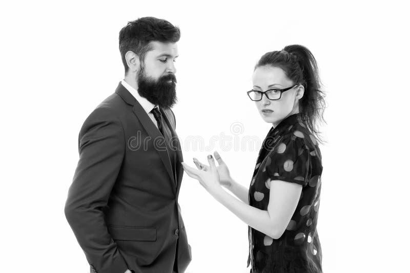 Acople o conflito e a disputa Engano no trabalho discuss?o entre o homem de neg?cios e a mulher Conflito do neg?cio fotos de stock royalty free