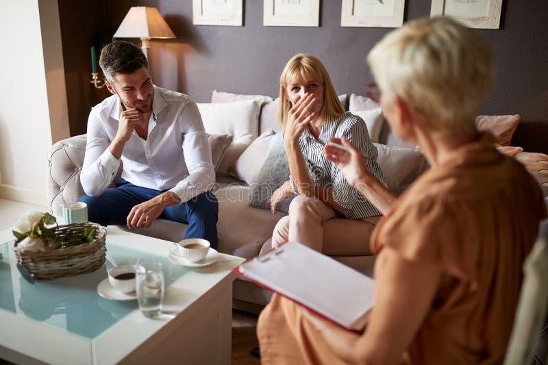 Acople ter o problema marital imagem de stock royalty free