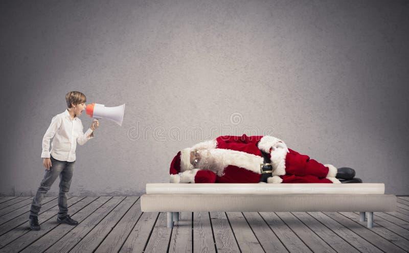 Acorde Santa Claus adormecida foto de stock royalty free