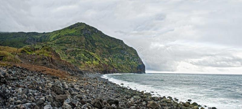 Acores; costa ovest dell'isola dei flores fotografia stock
