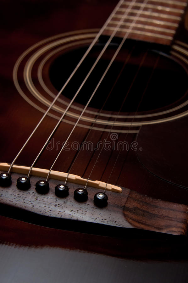 Free Acoustic Guitar Stock Images - 18403134
