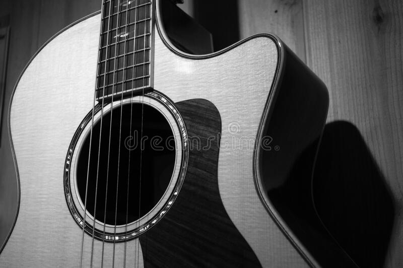 Acoustic Guitar In Grayscale Photo Free Public Domain Cc0 Image