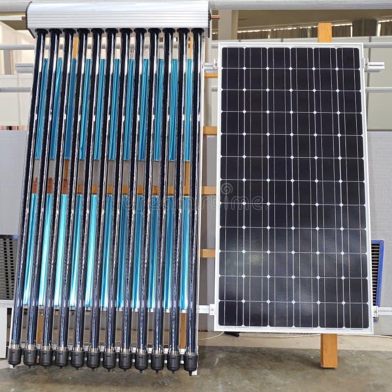 Acqua calda solare fotografia stock