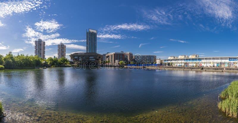 Acqua del Canada, paesaggio urbano Londra Regno Unito immagine stock libera da diritti