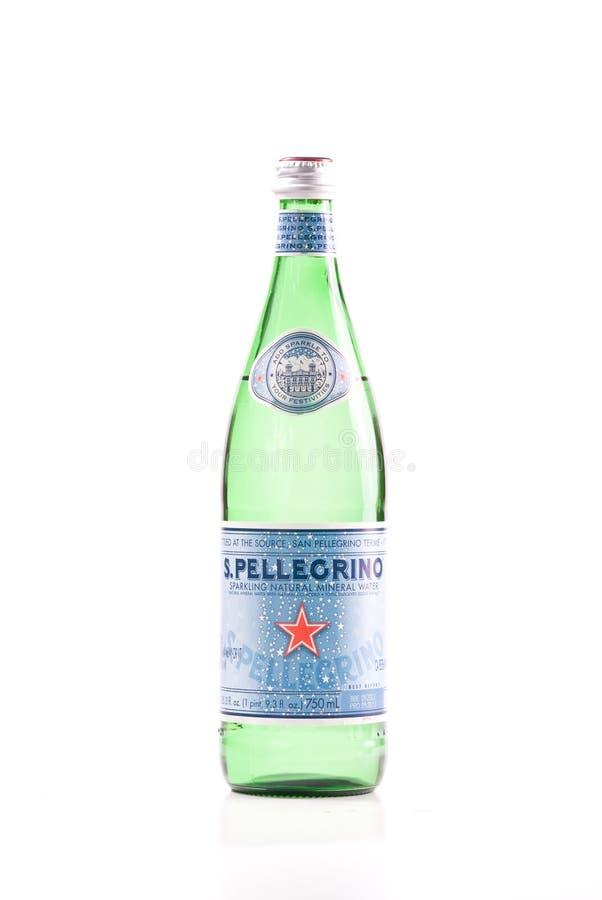 Acqua del San Pellegrino immagini stock libere da diritti