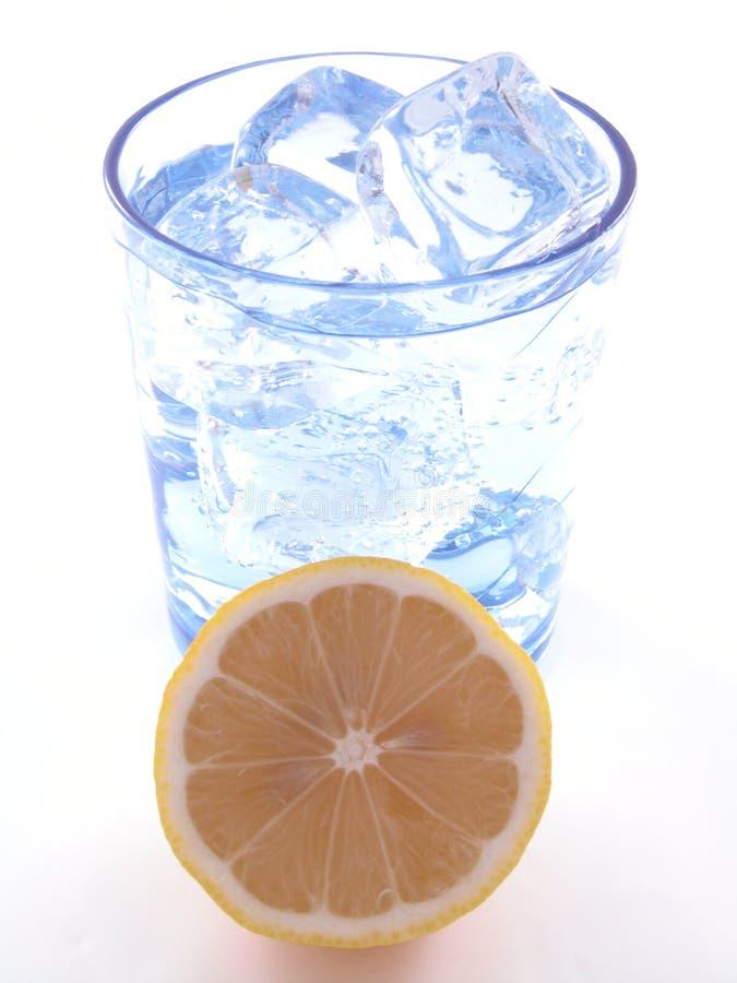 Acqua minerale immagini stock