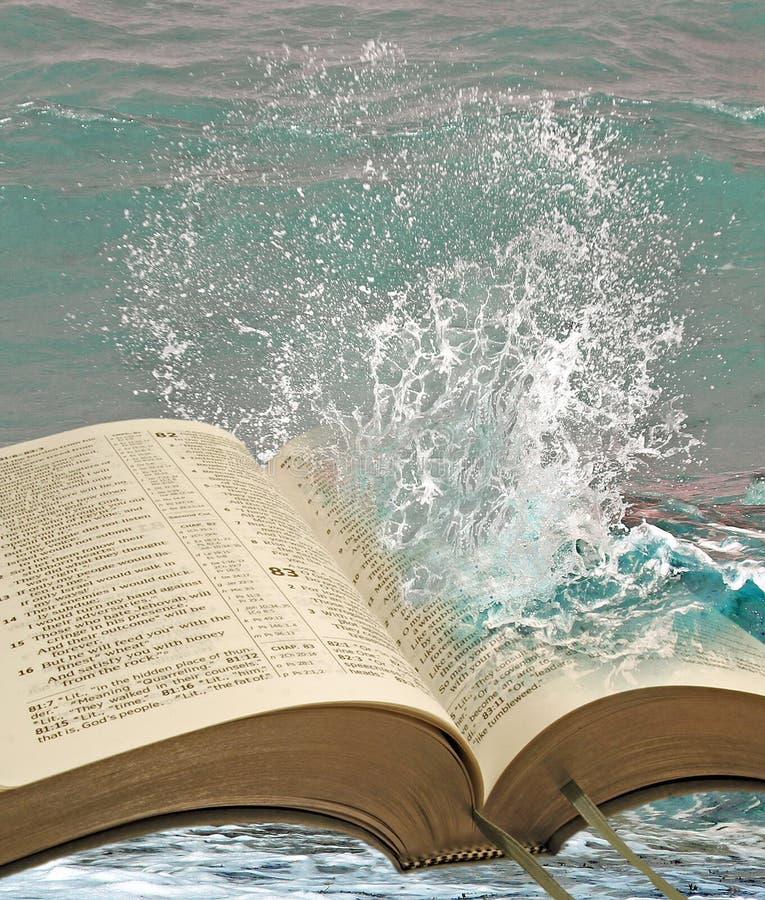 Acque di verità della bibbia fotografia stock libera da diritti